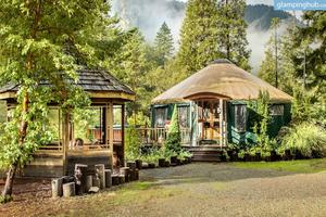 Spacious Pet Friendly Yurt In Smith River National