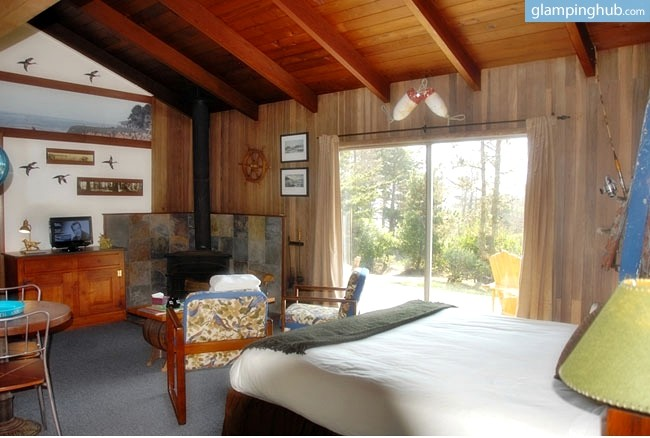 Cabin rentals on northern california coast for Cabin kits northern california