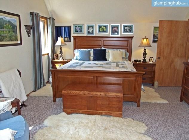 luxury bed and breakfast near austin texas