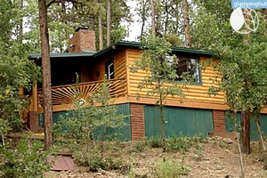 Unique cabin rentals near slide rock state park for Az cabin rentals with hot tub