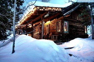 Luxury Cabins by Elk River, Colorado