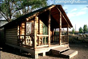 Authentic Pioneer Cabins with Access to Hot Springs, Utah