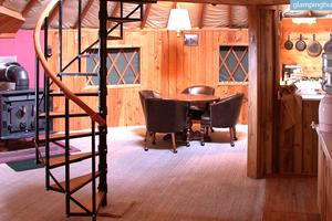 Spacious Yurt with All Amenities on Colorado Ranch in Cedaredge