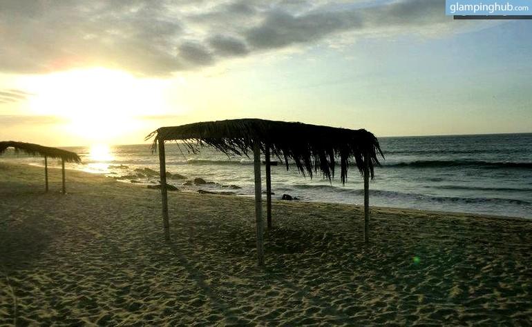 Peru Beachfront Huts Glam Camping Huts Peru Oceanside