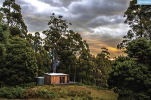 All-Inclusive Luxury Guided Weekend on Island in Tasmania, Australia