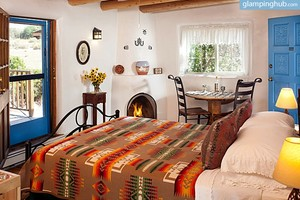 Luxury Eco-Friendly Bed and Breakfast near Santa Fe, New Mexico