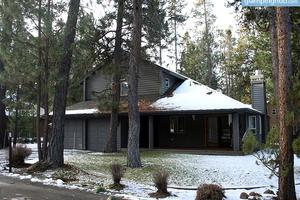 Family-Friendly Luxury Rental with Gaming Tables near Deschutes National Forest, Oregon