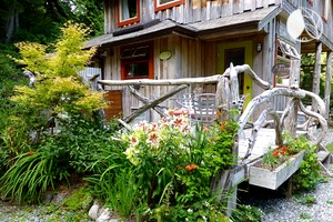 Charming Cottage by the Coast in Tofino British Columbia, Canada