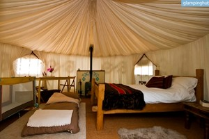 Charming, Family-Friendly Yurts beside South Downs, England