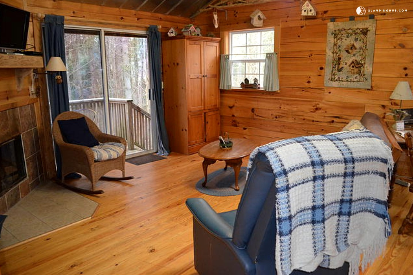 Log cabin rental near asheville north carolina for Asheville cabin rentals pet friendly