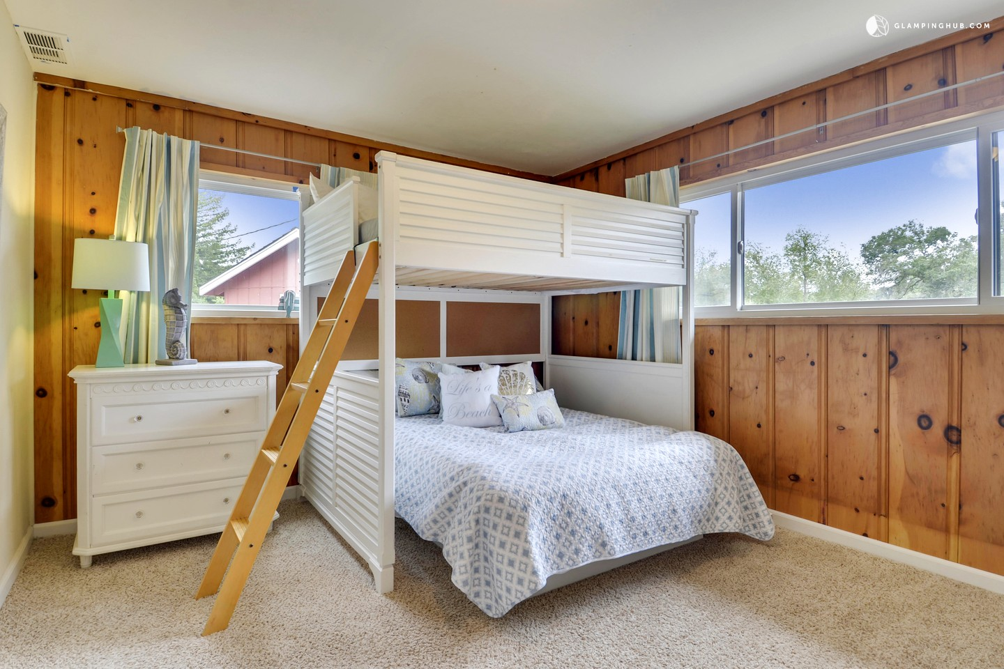Comfortable Cabin With Outdoor Pool And Sauna Northern