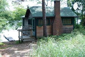 Cozy Lakefront Cabin Rental for Two with Private Dock near Boston