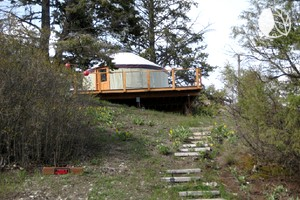 Cozy Yurt Near Western U.S. Largest Natural Freshwater Lake, Montana