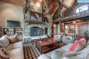 Deluxe Cabin with All the Amenities & Panoramic Views in Big Sky, Montana