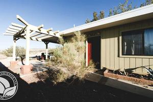 Eclectic Cabin Rental near Joshua Tree National Park