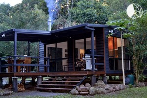 Eco-Friendly Cabin Rental at foothills of Lamington National Park in Australia