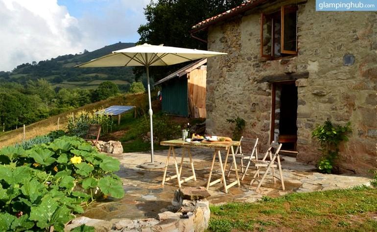Casa de campo ecol gica en ribadesella glamping asturias - Casa de campo asturias ...