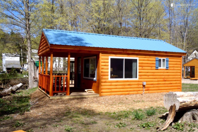 Romantic Cabin Getaway Near Syracuse Upstate New York
