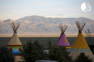 Fully-Equipped Luxury Tipis in Nevada near Mountains