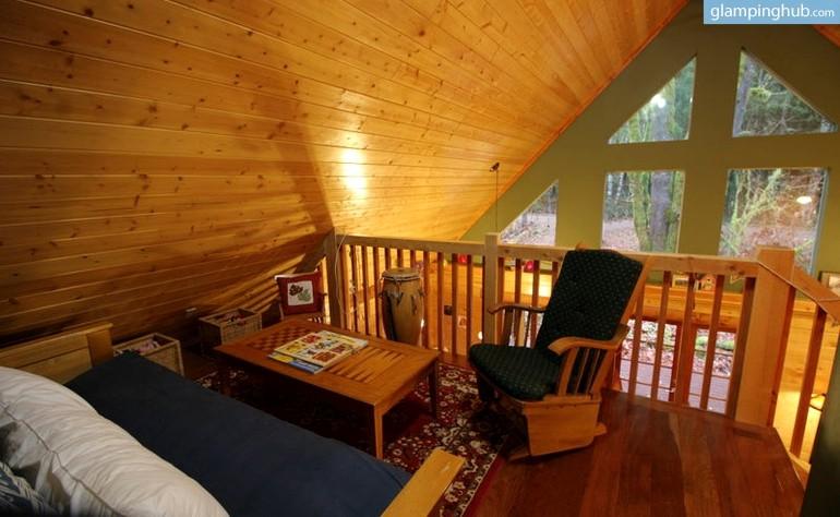Log Cabin Washington