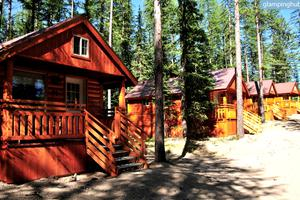 Luxury Cabins near Glacier National Park in Essex, Montana