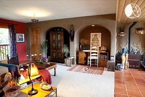 Beautifully Decorated Luxury Camping Rental for Couples near Taos Ski Valley