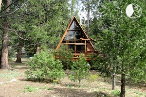Magnificent Two-Bedroom A-Frame Cabin Rental near Palm Springs