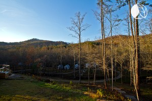 Mountain Glamping Retreat for Events (Unique Cottages) in North Georgia