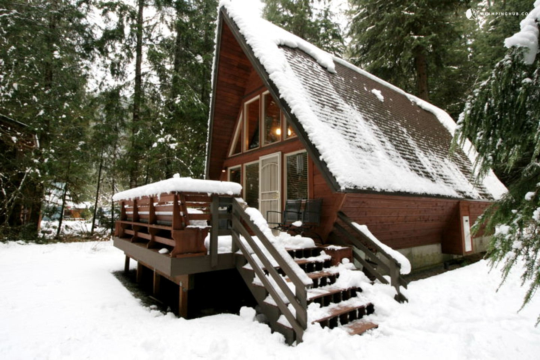 Unique a frame cabin rental near vancouver for Mount baker cabins