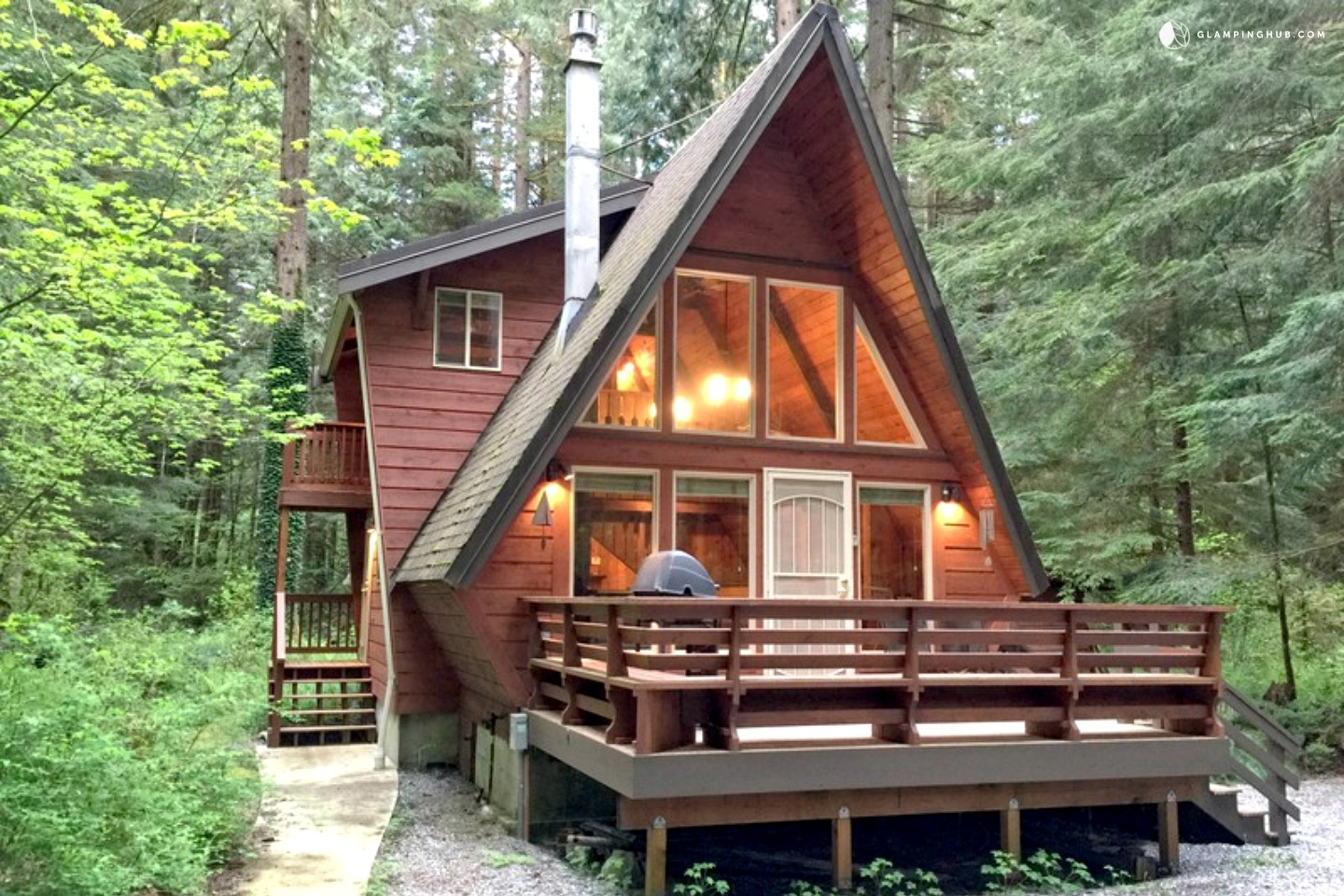 Unique a frame cabin rental near vancouver for Washington state cabins for rent