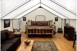 Gorgeous Luxury Tent Rental near Glacier National Park in Montana