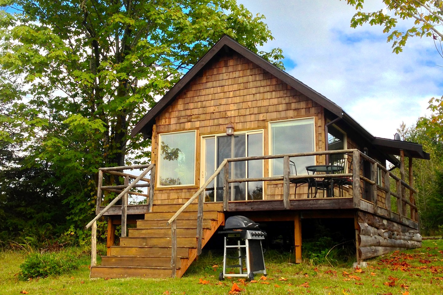 Cabin rental for couples next to olympic national park for Washington state cabins for rent