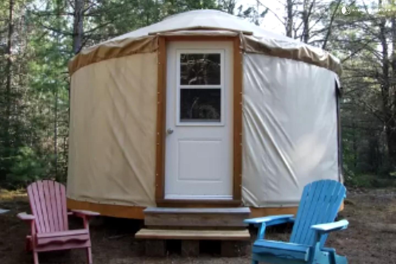 Yurt Rental For Couples Near Ottawa