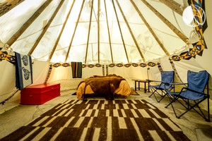Quirky Zen Tipis Pitched at Charismatic Woodland Retreat, Oregon