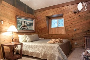 Family-Friendly Loft Vacation Rental with High Speed Wi-Fi in Sunriver, Oregon
