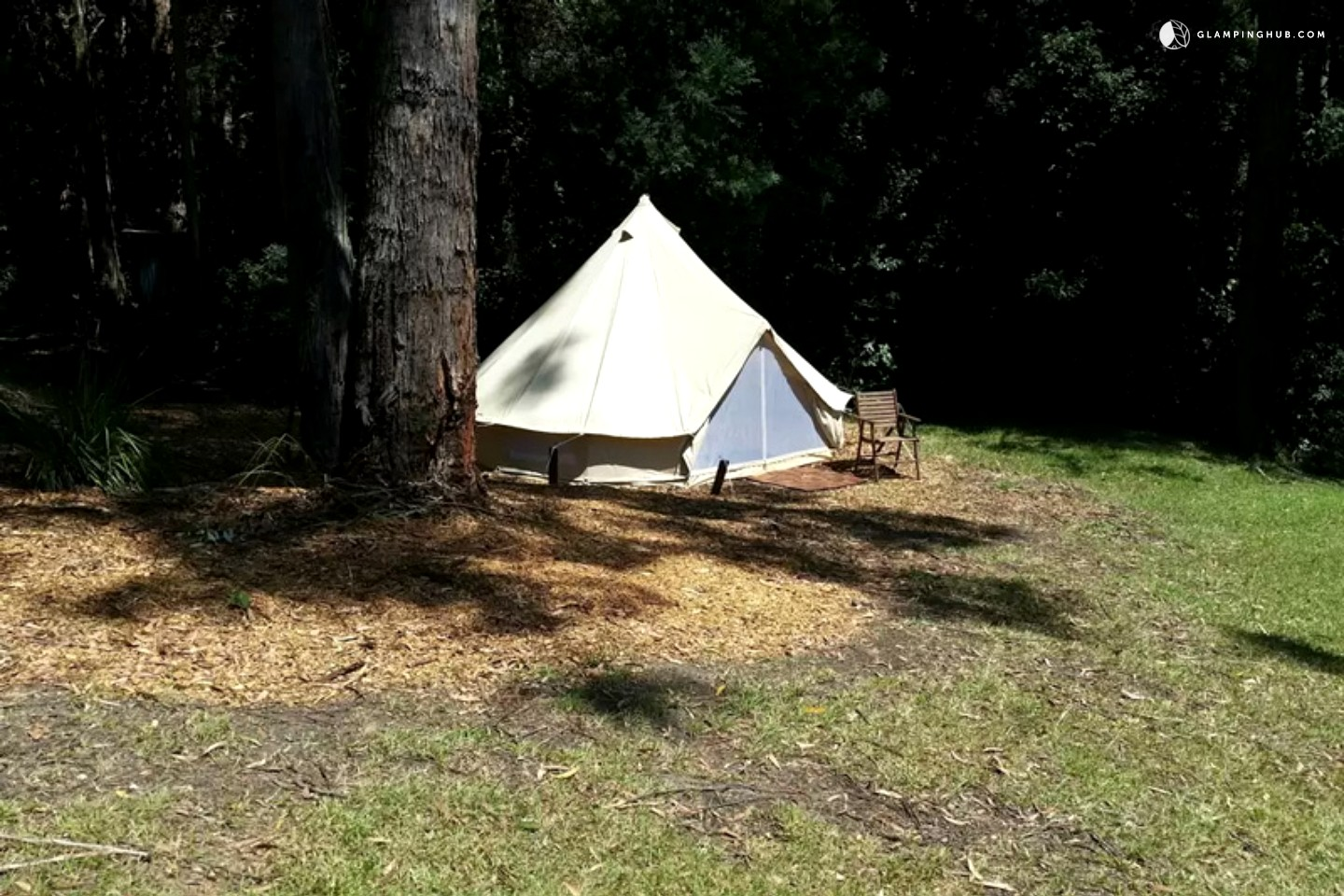 Romantic Luxury Tents Near Beach Nsw