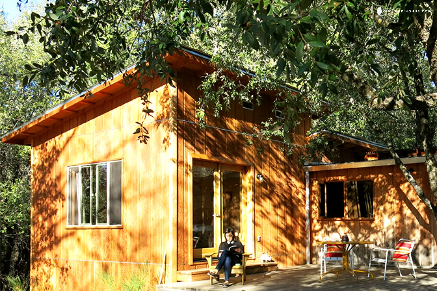Rustic cabin old yosemite road glamping yosemite for Cabins in yosemite valley