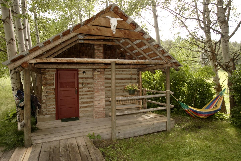 Log cabin rental near idaho falls for Cozy cabins rentals