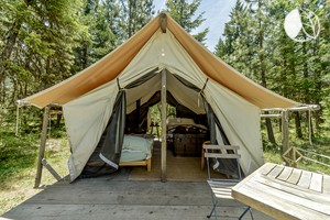 Rustic Wall Tents Nestled on Beautiful Ranch in Southern Oregon