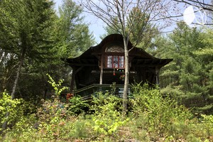 Secluded and Relaxing Luxury Cabin Rental near Albany