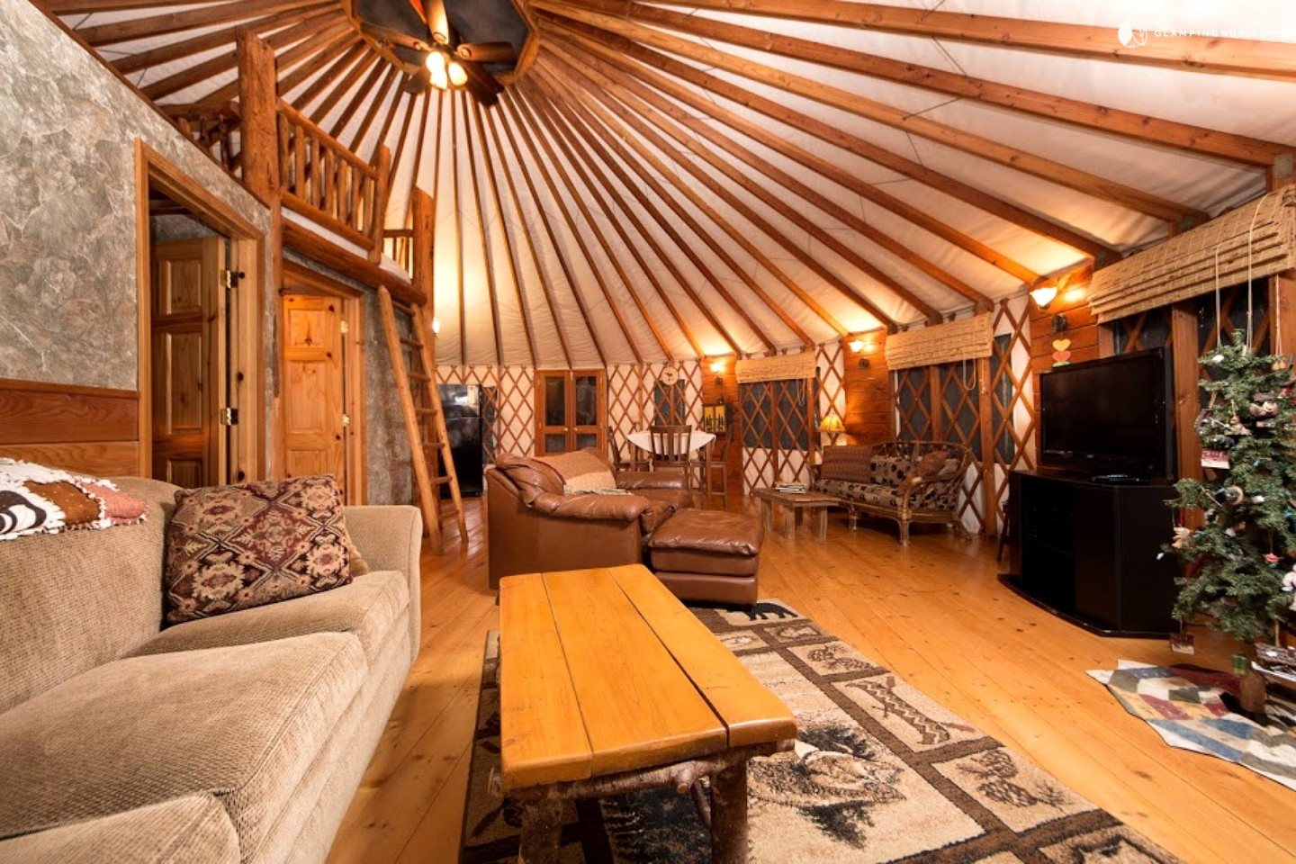 Luxury yurts pictures to pin on pinterest pinsdaddy for Yurt bathroom designs