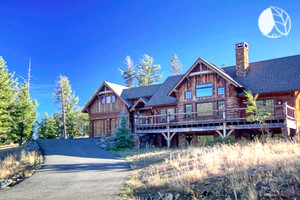 Spacious Upscale Cabin with Mountain Views in Big Sky, Montana