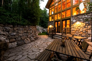 Breathtaking and Secluded Cabin Rental for Groups near Salt Lake City