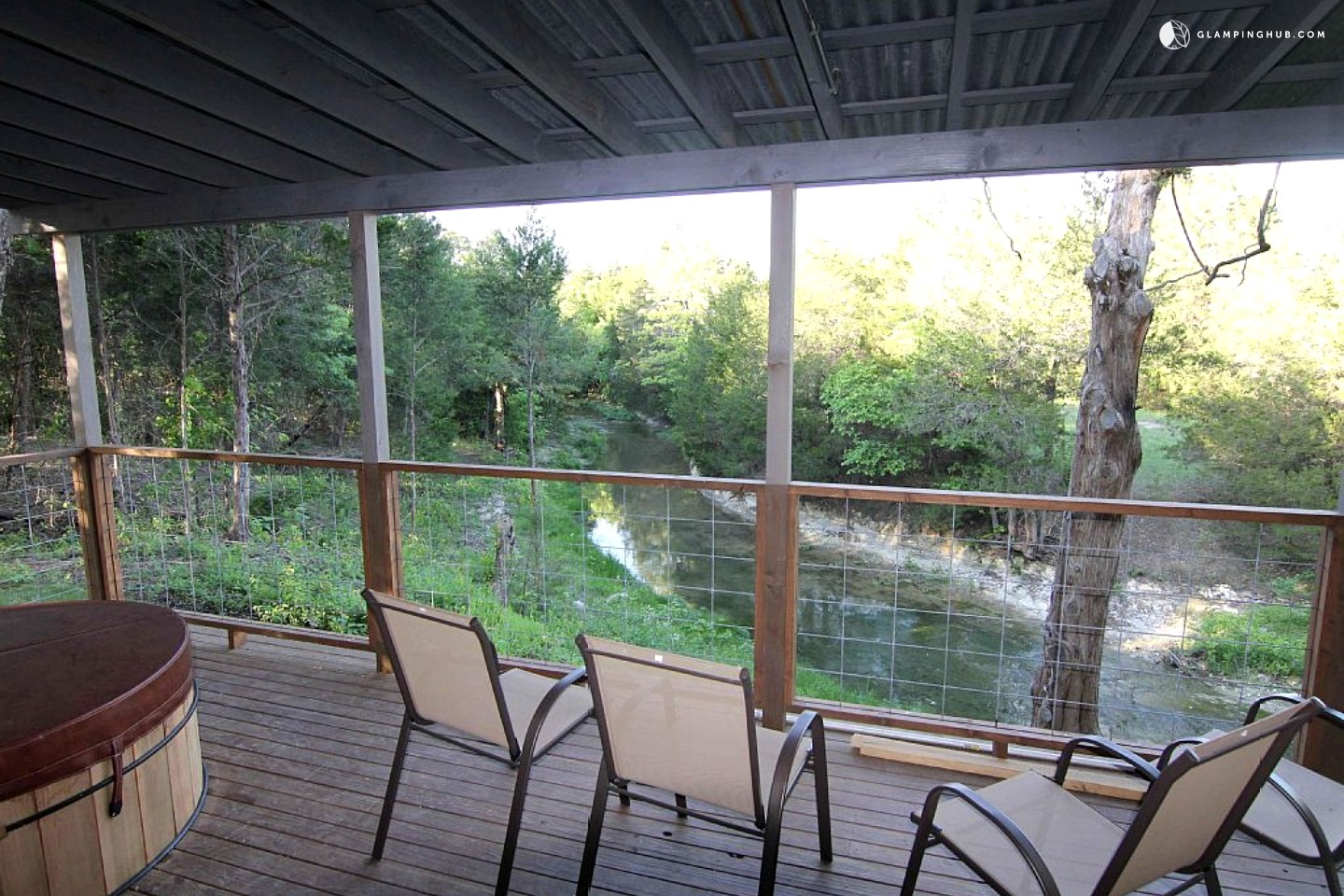 cabin rental with hot tub near fort worth