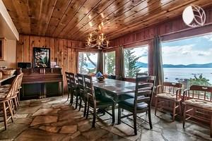 Luxury camping in lake tahoe for Sierra nevada cabine