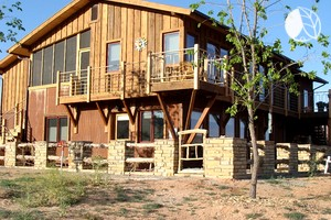 Secluded Modern Cabin with Incredible Canyon Views near Mesa Verde National Park