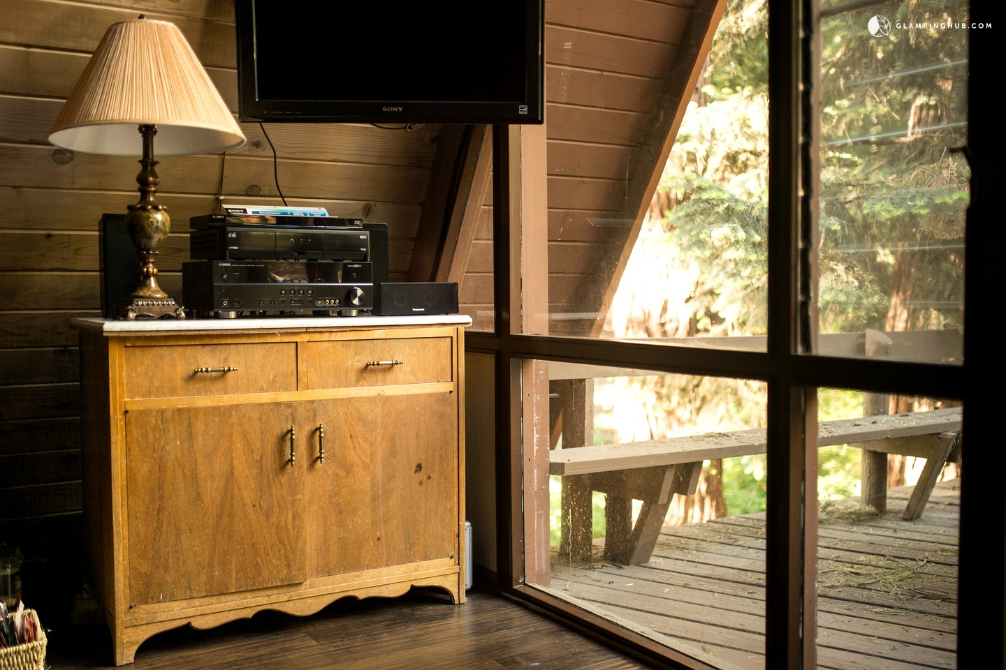 Unique a frame cabin in the mountains of san jacinto for Cabin rentals in southern california