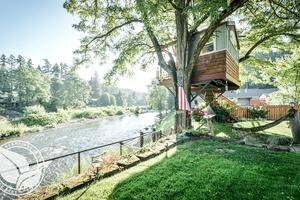 Unique Tree House Located Along Banks of Washougal River, Washington