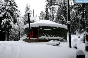 Romantic Yurt in Gatineau Hills of Val des Monts, Quebec