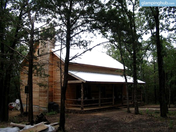Luxury cabin secluded in woods near dallas for Texas cabins in the woods